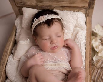 Hair-band, Headband, photograph, Newborn props, photo props, Newborn romper, newborn photograph, equipment, props newborn