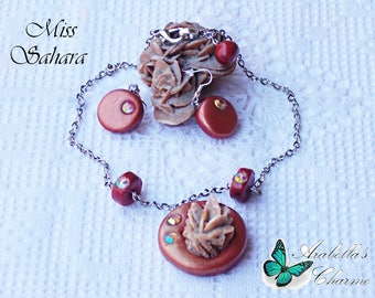Set of jewels parure of earrings and necklace with pendant Rose of the Sahara Desert