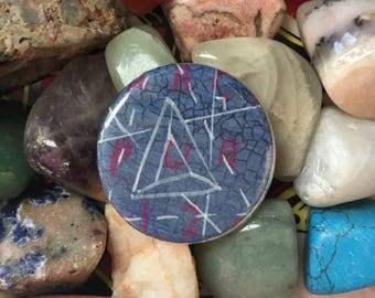 Geometry Pur Pin / Handmade One-of-a-Kind Lapel Pin / Geometric Triangle Hat Pin / Blue and Pink Pin / Abstract Pattern Pin