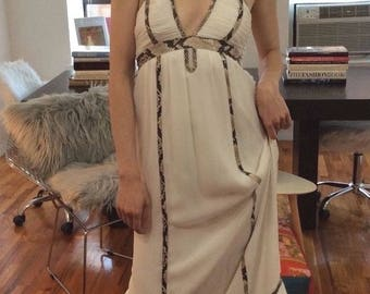 Diane von Furstenberg White Sakara Dress