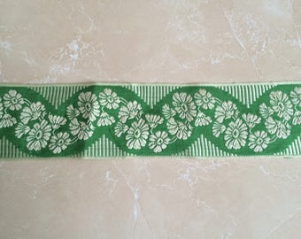Green Ribbon of 6,5 cm width for your deco