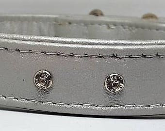 Silver leather dog collar with Diamantes
