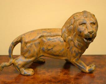 Heavy Cast Iron Lion Statue