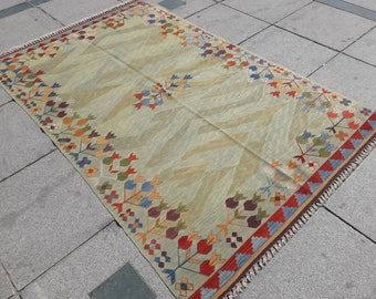 """olive green kilim Oushak rug,Turkish rug ,faded muted colored decorative rug home of decor rug,green tulip desing rug,5""""1×9""""3 ft/156×284cm."""