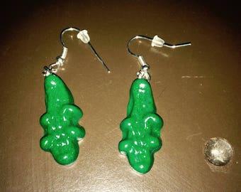 Medium size green crocodile earrings.