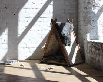 Cat house - Cat teepee (lapin). Cat furniture, cat beds, modern cat furniture, pet teepee, cat teepee bed