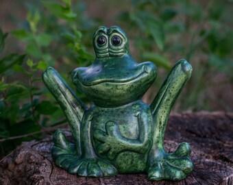 Flirty Frog