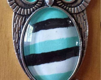 Striped OWL necklace