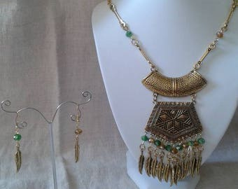 """attractive finery """"inca-style"""" Golden"""