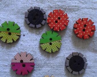 set of 10 wooden flower buttons