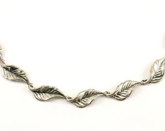 Vintage Danecraft Leaf Design Link Necklace 925 Sterling NC 860-E