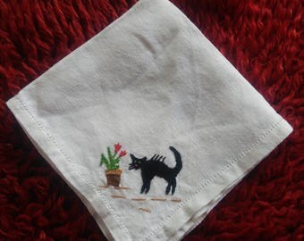 Vintage kids napkin, White napkin with embroidery, Retro kids napkin with cat, Gift for child, Cloth napkin, Embroidery napkin