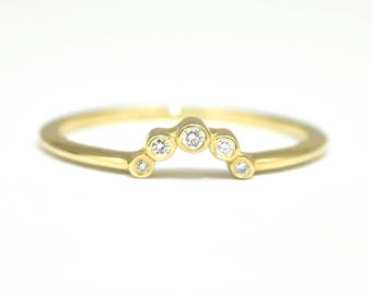 Crown Diamond Wedding Ring Band Bazel Set Curved