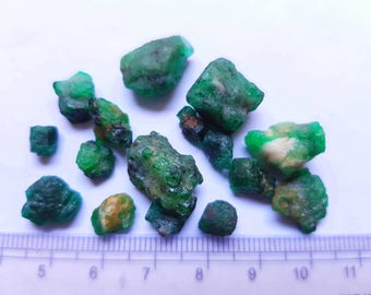 76 Carats Amazing Natural Rough Emerald Stones From Swat Pakistan