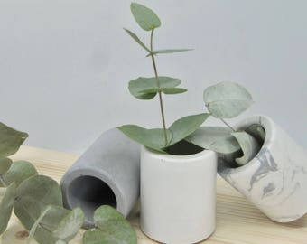 Mini concrete pot / Mini concrete planter