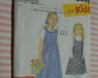 Simplicity 8340 Childs Jumper Sewing Pattern - UNCUT  - Size 3 4 5 6 7 8
