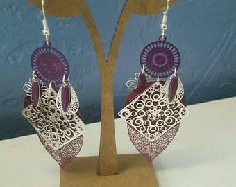 Plum and silver dangling earrings