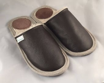 Dark brown slippers, men slippers, leather slippers, wool slippers, warm slippers, closed toe slippers, home slippers, men's house shoes