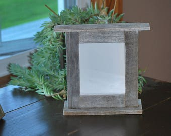 Photo/wood reclaimed barn wood frame