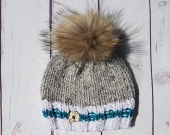 whit real fur pompom, socks style, child 3-5 years old
