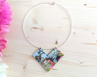 Choker necklace made from recycled paper