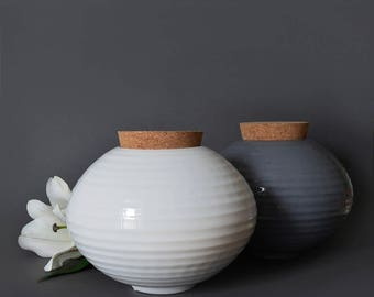 NURN Ceramic urn for ashes with cork lid - MIKA SERIES 1.2