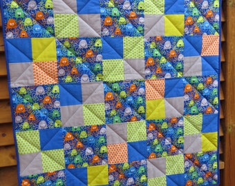 Modern Baby boy Quilt, Baby quilt, Crib Quilt, Handmade