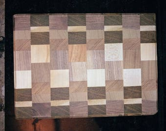 Small end-grain cutting board