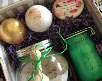 Spa Day Gift Box, Spa Gift Set, Bath Gift Set, Bath Gift Box, Mother's Day Gift