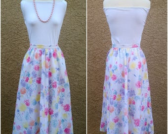 Great Britain Vintage Skirt Country Casuals Cute Vintage Floral Dapper Day White Midi Full Skirt Retro Pin Up Style Free US Shipping
