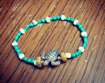 Sea Turtle Seed Beaded Bracelet