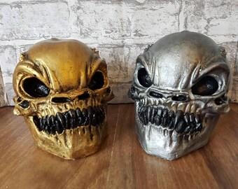 Alien Skull, Geeks, nerds, space, aliens, plaster skull, Outta space, space skull, sci-fi skull, gold alien skull, silver alien skull