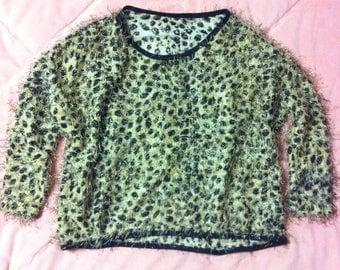 90s Vintage Cheetah Print Fuzzy Sweater, Vintage Cheetah Print Sweater, Animal Print Sweater, Fuzzy Sweater, Leopard Sweater
