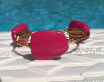 Fushia pink bangle bracelet