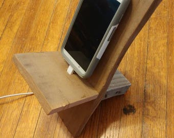 Reclaimed Wood Single Charging Stand