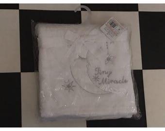 Gorgeous White Tiny Miracle Blanket