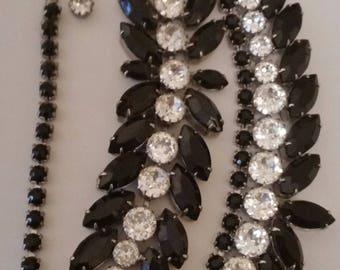 Strikingly Wonderful WEISS Demi Parure  ~ Beautiful Vintage Jewelry