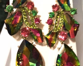 Fuchsia and Vitral Green Pierced Chandelier Earrings