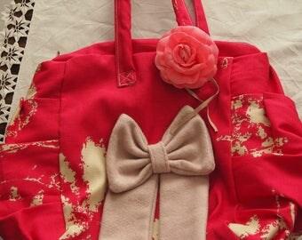 Ball shape pink handbag for a night out