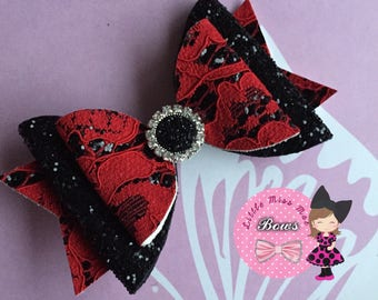Red lacey glitterbow