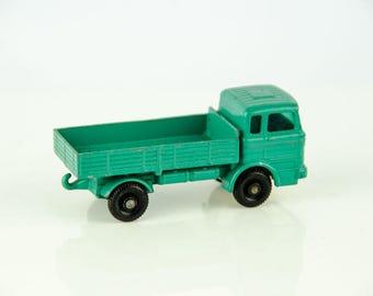 Vintage Matchbox Lesney England Mercedes Truck # 1 1/64 Diecast
