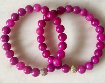 bright pink beaded bracelet / hot pink its the perfect addition to any summer look..!