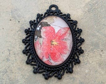 'Pink Flower' pendant