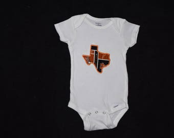 Texas Longhorn Applique, embroidered baby onesie, baby clothing, baby clothes, embroidered body suit, embroidered onesie