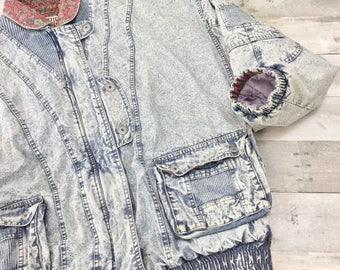 Vintage East West acid washed red paisley lined denim jacket mens size Large