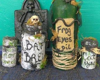 Set of 4 potion bottles