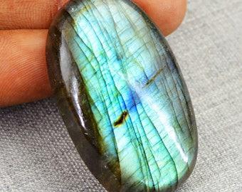 Oval Shape Blue Flash labradorite cabochon gem