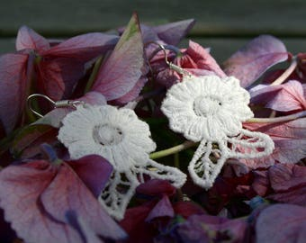 Lace Earrings, White Lace Earrings, Ivory Earrings, Flower Earrings, Floral Earrings