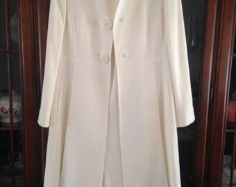 Cream colored Tahari suit size 8