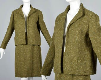 XSmall 1960s Two Piece Winter Separates Vintage 60s Olive Green Tweed Yellow And Blue Fleck Skirt Suit Clutch Jacket